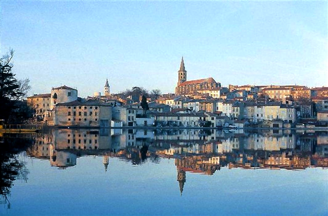 Castelnaudary picture