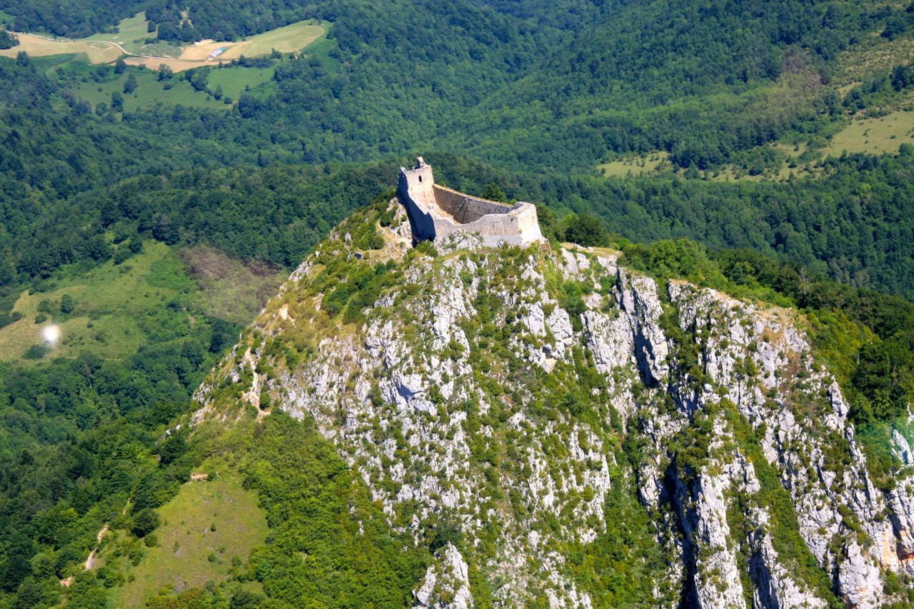 Chateau de Monségur vue d'avion